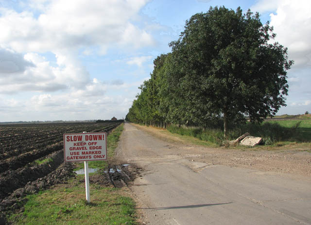 Private road to Engine Farm