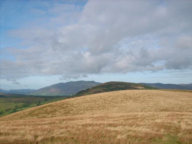 The broad northwest ridge of Little Mell Fell