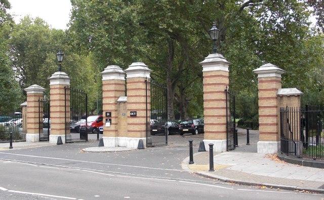 Hawkstone Road Gates (6 of 6) Southwark Park, Rotherhithe, London, SE16