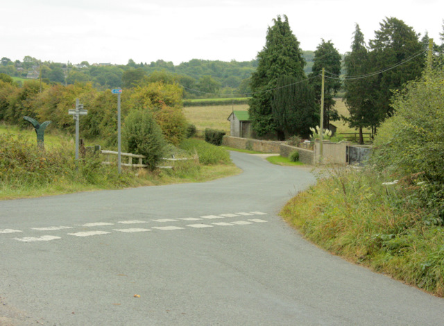 2009 : Passing Pound Farm on the way to Studley