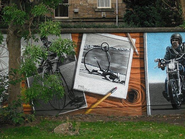 Mural, Kelvingrove Park. 8 - bicycles, ordinary