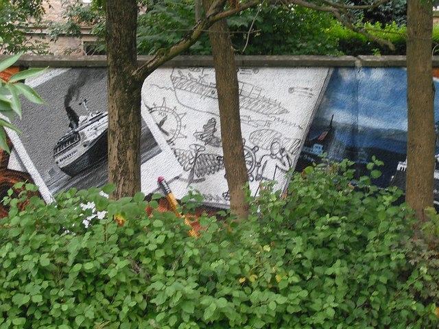 Mural, Kelvingrove Park. 11 - QE2
