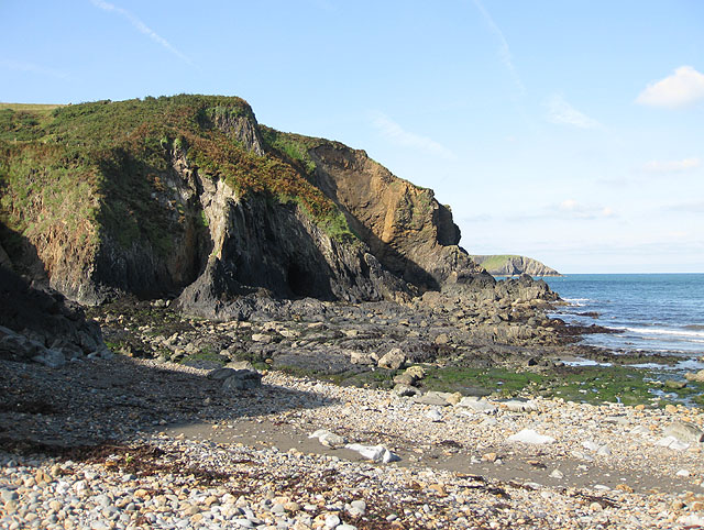 Cliffs, west side of Aber Draw beach
