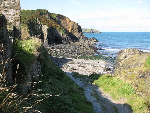 Footpath to the beach, Aber Draw