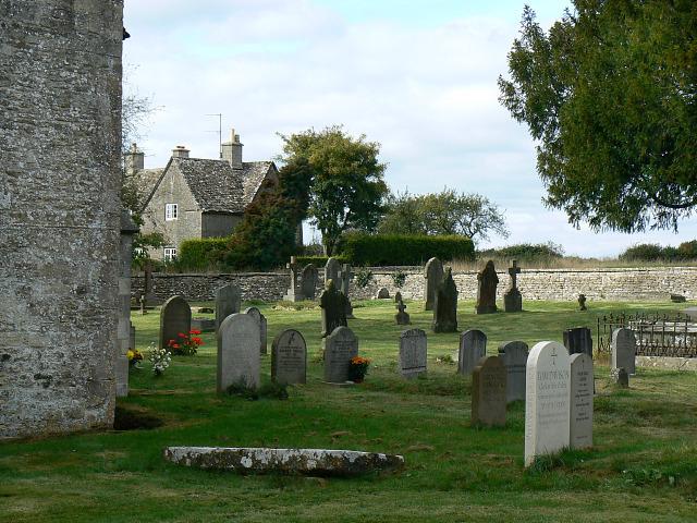 Churchyard, St Matthew's church, Coates