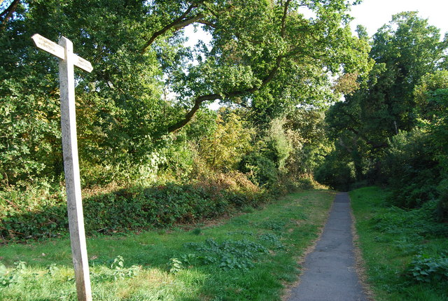 Footpath at the entrance to Nevill Park