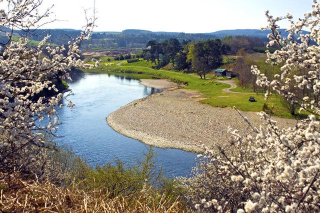 The river Dee at Drumoak