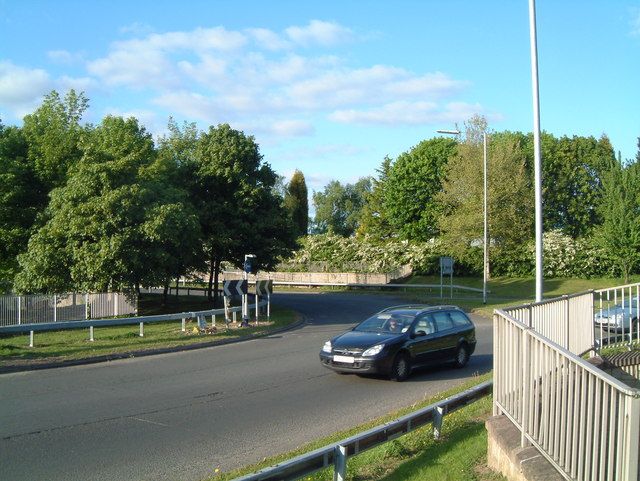 A View of one of the B5000 Traffic Islands  (8)