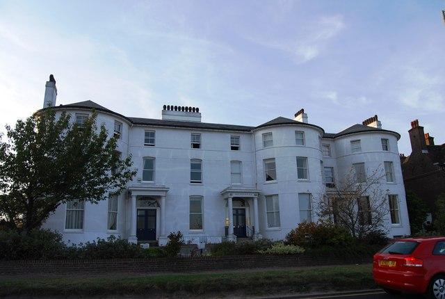 Wellington Place, Mount Ephraim