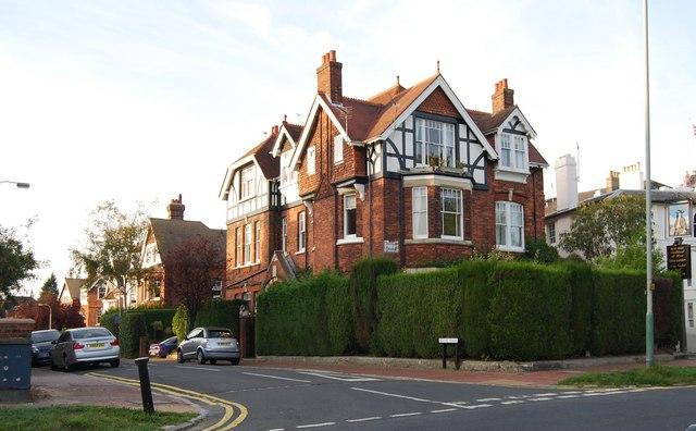 Large house on the corner of Boyne Park & Mount Ephraim