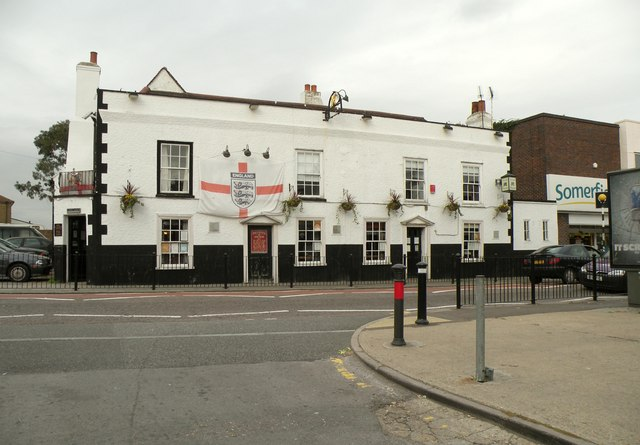 'The Crown & Anchor' public house, High Street, Aveley