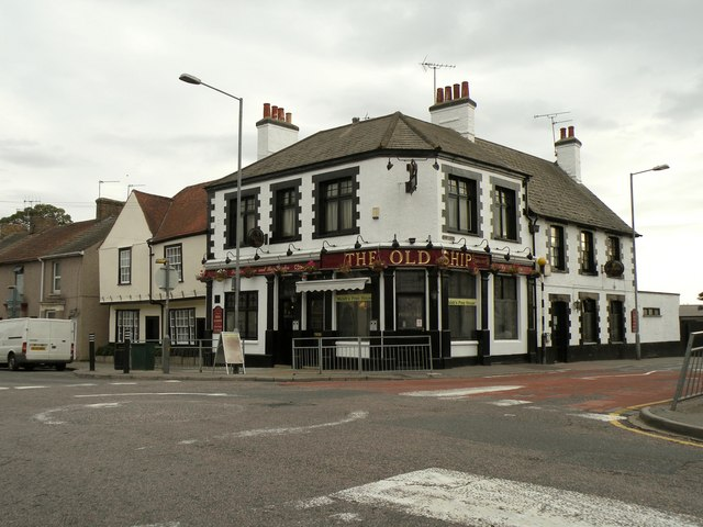 'The Old Ship' public house in Aveley