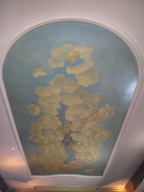 The Victoria, Strathearn Place / Sussex Place, W2 - Theatre bar, ceiling