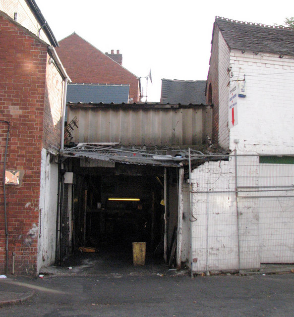 Garage, Birkin Avenue