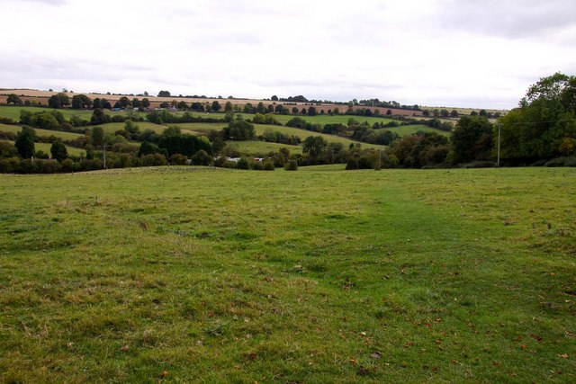 Looking across Chipping Norton Common