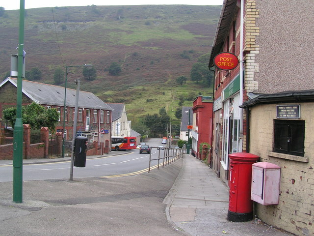 Cwm post office