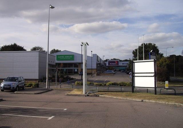 Stevenage Retail Park, London Road