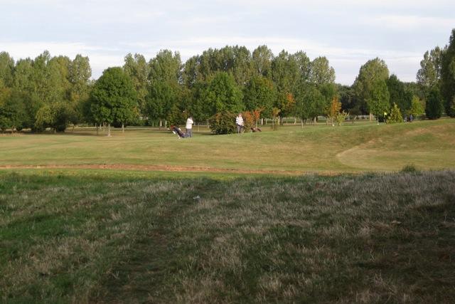 Game in progress, Warwick Golf Centre
