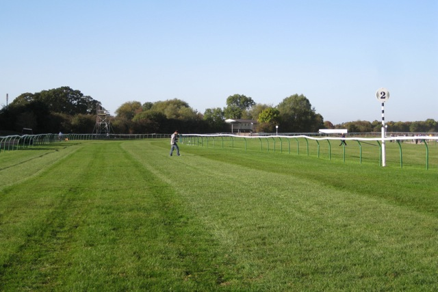 Home straight, Warwick racecourse
