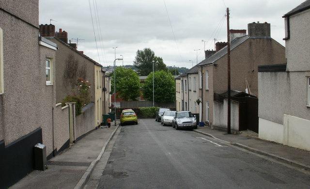 Dos Road, Newport