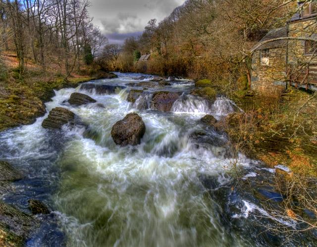 Afon Llugwy from the footbridge opposite Cobden's Hotel