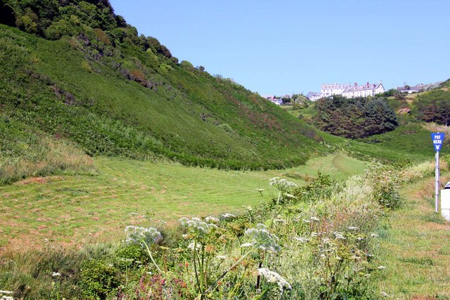 Looking up the valley towards Treknow