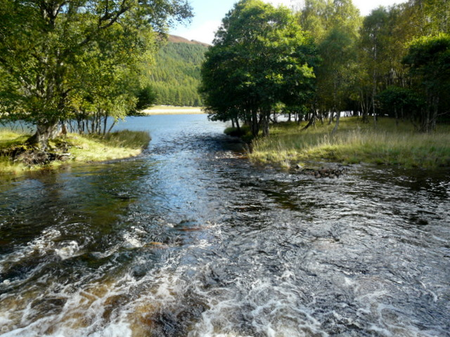 River Cannich entering Loch Craskie.