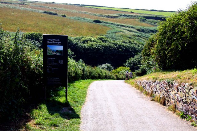 Down the hill to Tintagel Castle