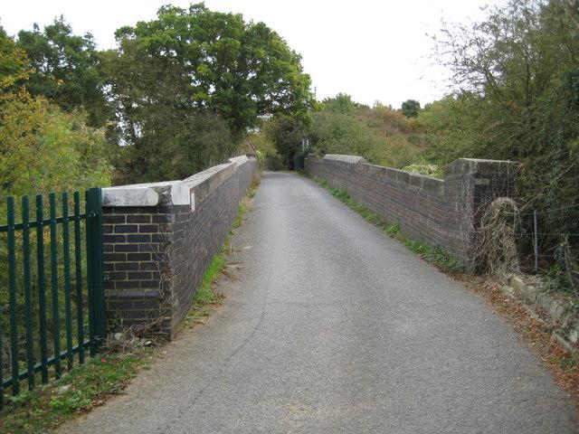 Waterford: Vicarage Lane railway bridge