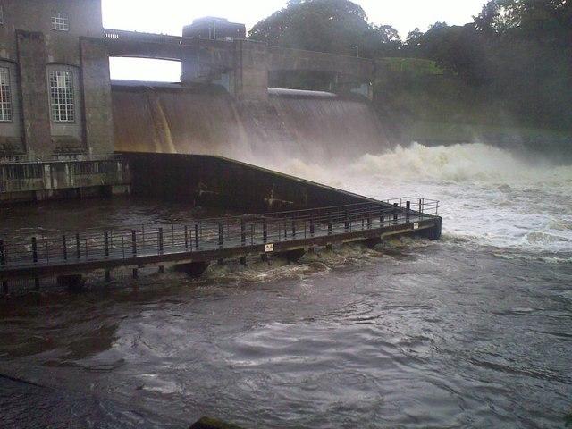 Loch Faskally Breaches Pitlochry Dam