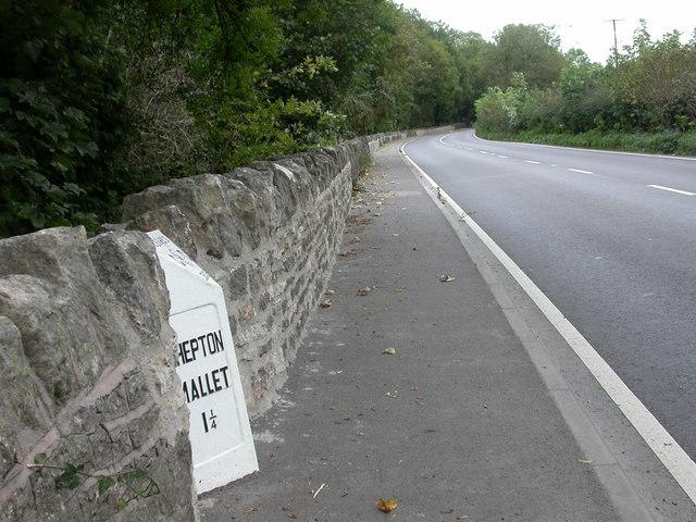 Shepton Mallet, milepost