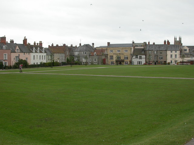 Wells, Cathedral Green