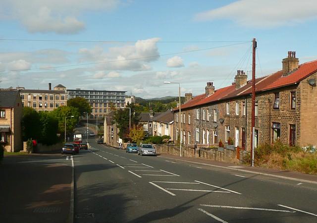 Dewsbury Road (B6114), Elland