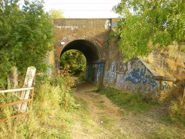 Railway bridge at the end of Marsh Lane