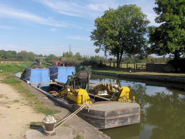 "The Waterways Service Barges ""Wendover"" and ""Blaby"""