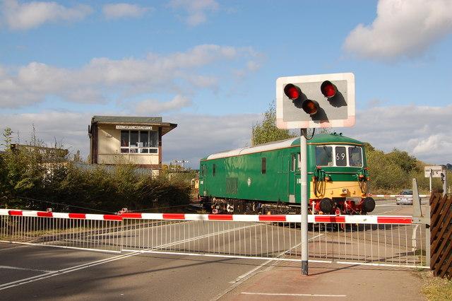 Lydney Junction level crossing