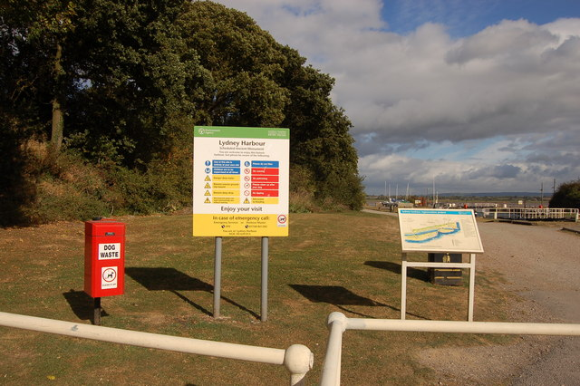 Welcome to Lydney harbour