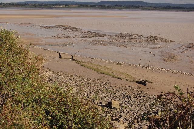 Beach defences at Lydney harbour