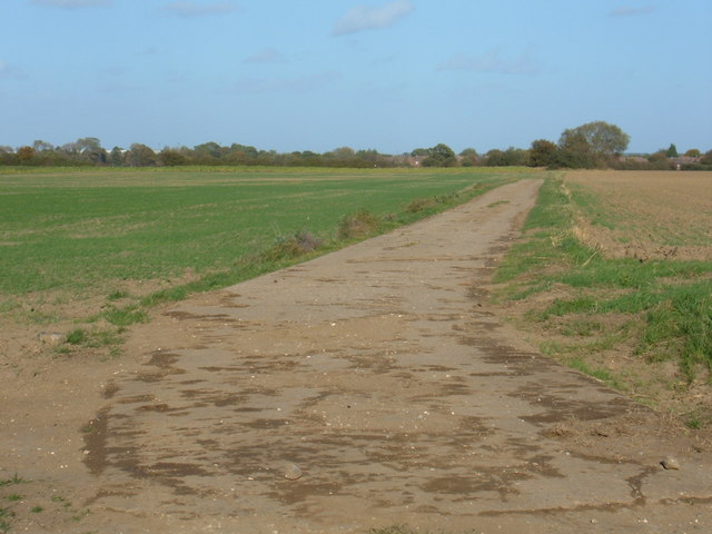 Footpath to Leconfield