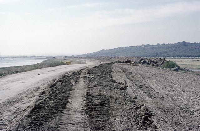 Sea wall construction, Hadleigh Marshes