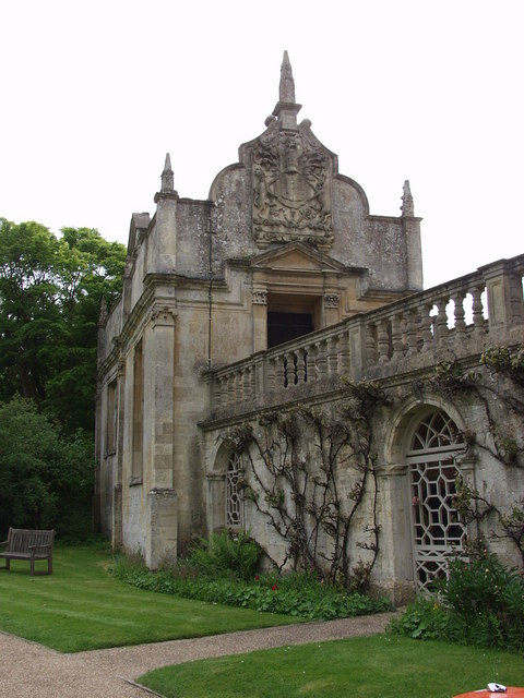 Burford Priory old Chapel