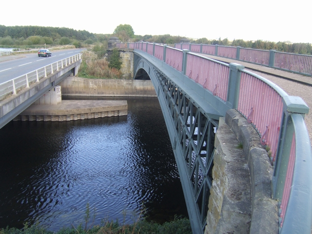High and Low Bridges over the River Trent