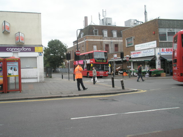 Junction of South Road and Hamilton Road