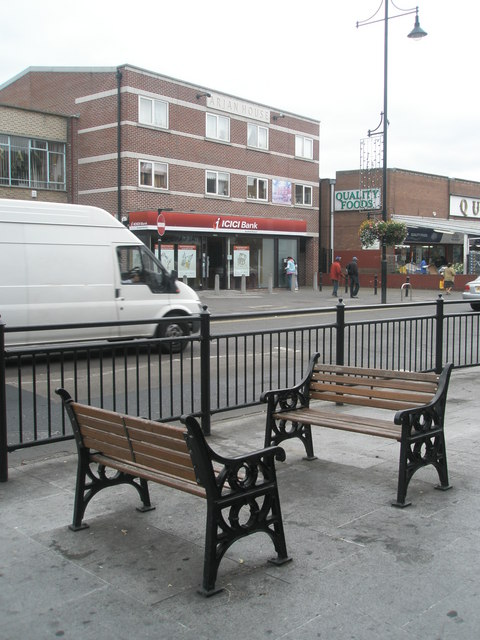 Seats in South Road