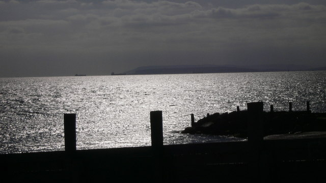 Groyne by Eastoke Point
