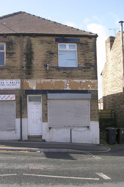 Empty Shop - Richardshaw Lane