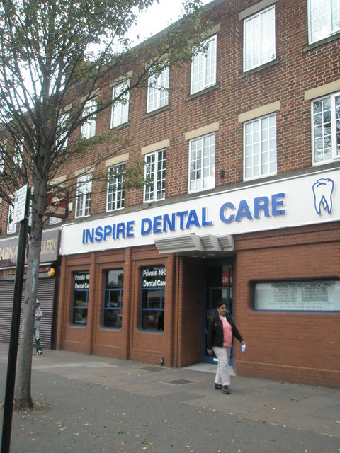 Dentists in South Road
