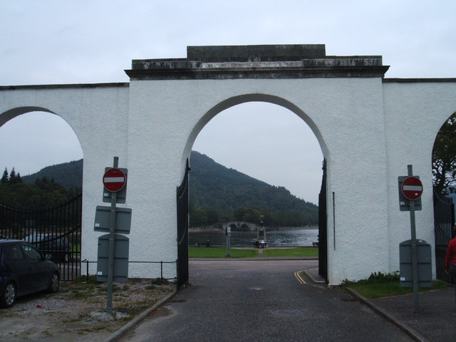 Gateway over A819, Inveraray