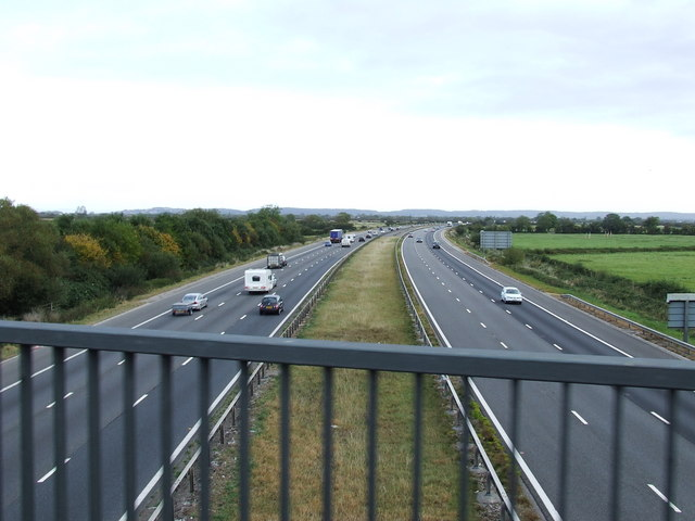 M5 Looking north from Bridge