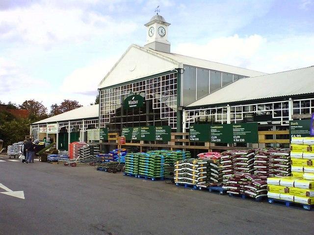 Wyevale Garden Centre in Windsor